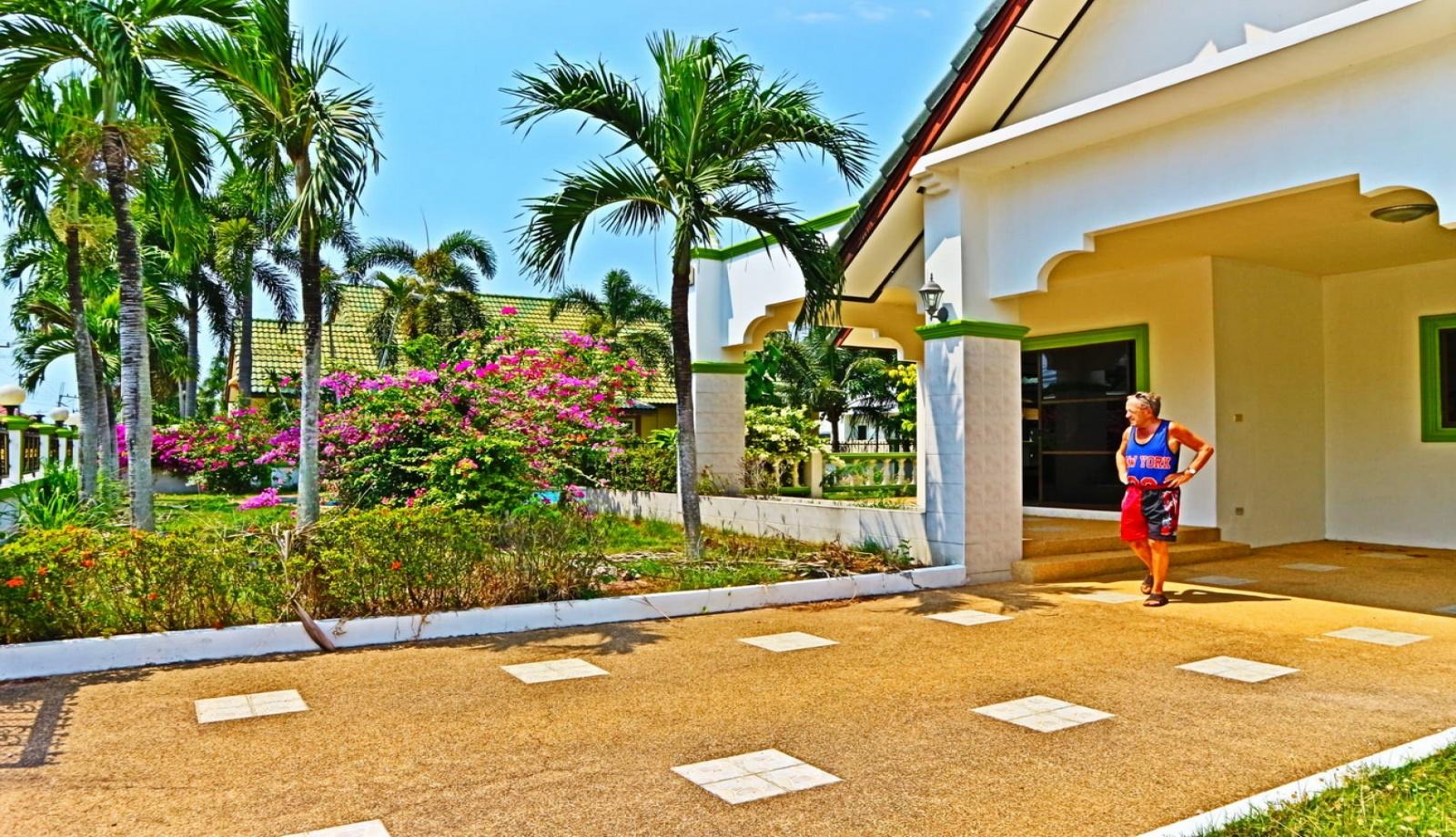 East Pattaya, 3 Bedrooms Bedrooms, ,2 BathroomsBathrooms,House,House For Sale,1174